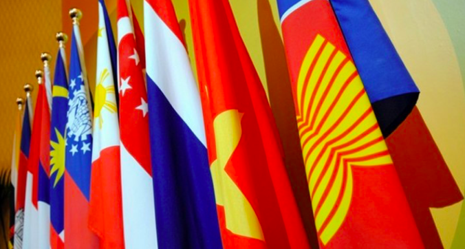 ASEAN, China, other partners sign world's biggest trade pact