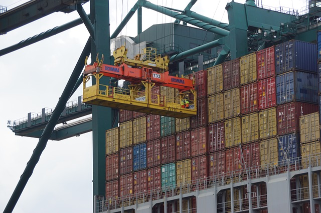 Logistics to contribute up to 10 percent of Vietnam's GDP by 2025