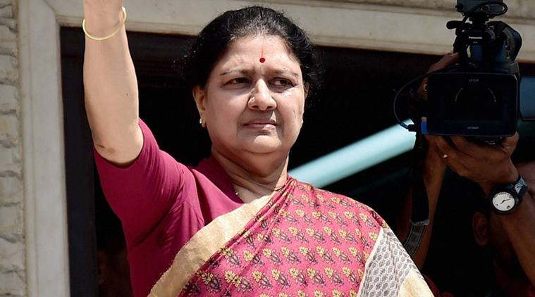 SC declines Sasikala's request for more time to surrender