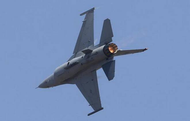 Lockheed and Tata in agreement to make F-16 planes in India
