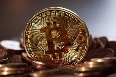 bitcoin-2008262_640