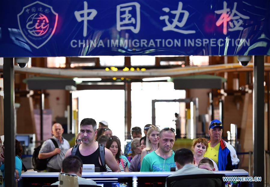 Greater visa-free access brings more tourists to Hainan