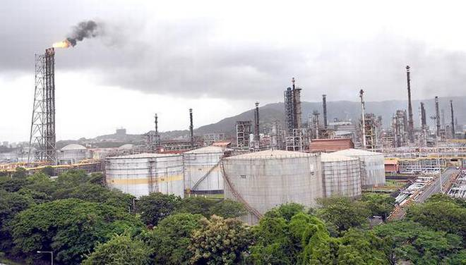 BPCL to invest ₹40,000 crore (RM23 million) in new petrochemicals plant