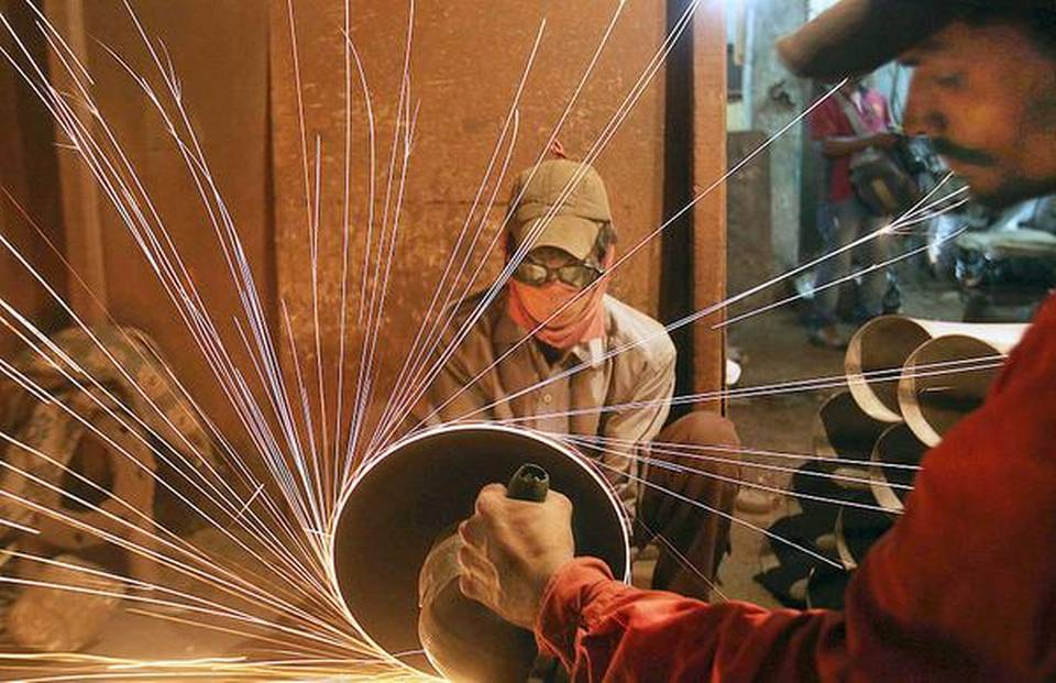 IIP growth slips to 4.5% in September; retail inflation eases to 3.31% in October