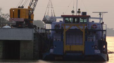iwai loading of boat