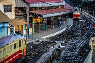 train-2055307_1280